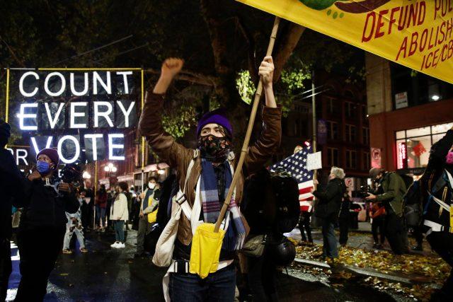 Americké demonstrace: Sečtěte každý hlas (Washington on November 4, 2020)