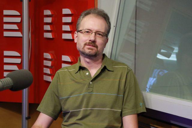 Historik Filip Outrata byl hostem ve vysílání Radiožurnálu