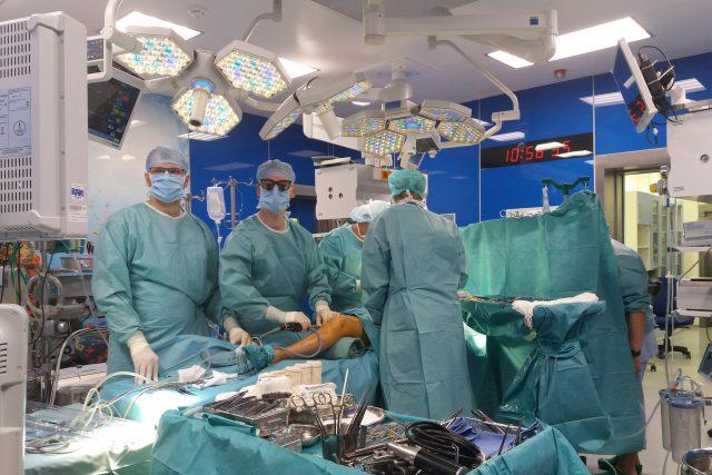 operace IKEM