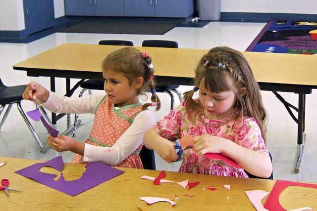 Děti ve třídě (ilustrační foto)