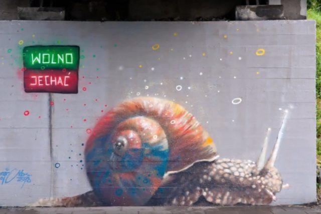 Dění ve městě komentuje Mariusz Brodowski alias Mgr. Mors tak, jak umí nejlíp - skrze své umění