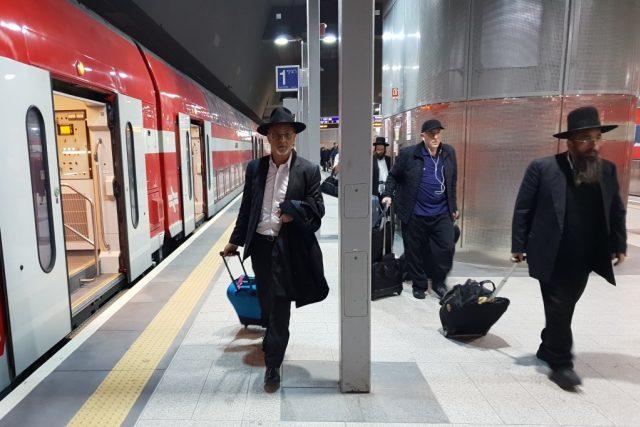 Nové železniční spojení dvou nejdůležitějších izraelských měst zatím končí na Ben Gurionově letišti