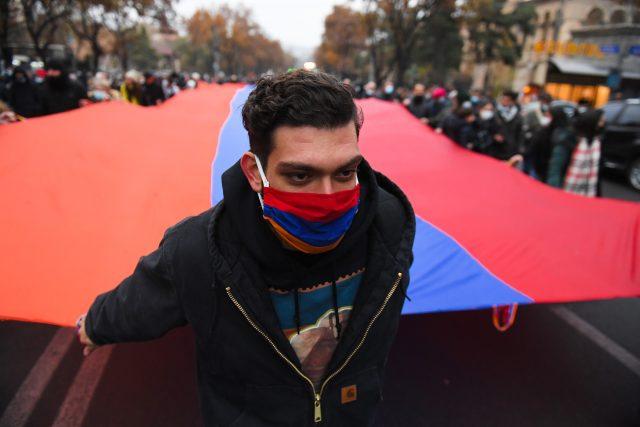 Náhorní Karabach a protesty proti Pašinjanovi (Azerbaijan Armenia Ceasefire)