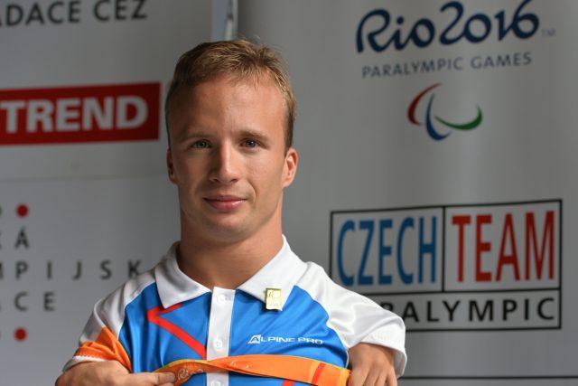 Arnošt Petráček,  handicapovaný plavec,  vítěz z paralympiády v Riu | foto: Michal Beránek,  CNC / Profimedia
