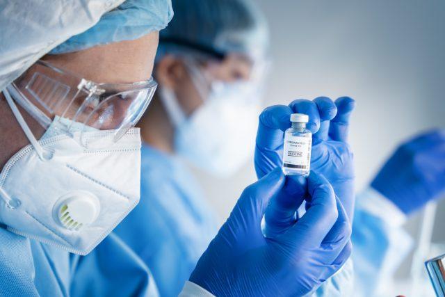Češka z cambridgeské univerzity: Delta je nakažlivější,  ale očkování proti ní stále funguje | foto: Profimedia