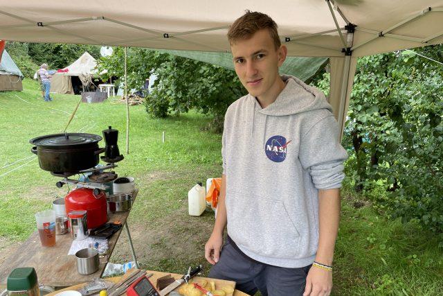 Vojtěch Petrásek,  student oboru kybernetika a robotika,  je na táboře už potřetí   foto: Ondřej Vaňura,  Český rozhlas,  Český rozhlas