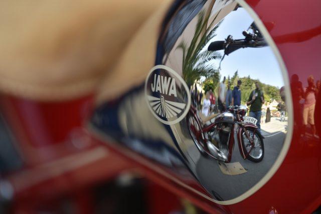 Sraz motorek Jawa v Luhačovicích
