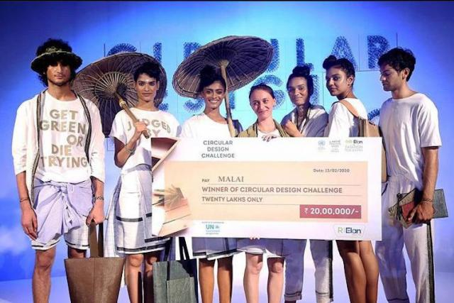Na indickém Lakmé Fashion Weeku 2020 Zuzana Gombošová vyhrála Circular Design Challenge | foto:  Lakmé Fashion Week