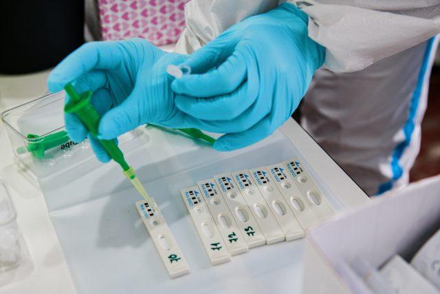 Antigenní testy (ilustr. obr.)