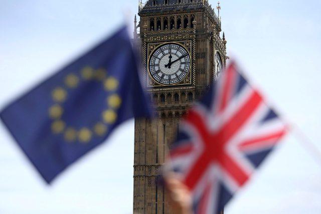 Velká Británie odchází z EU   foto: Neil Hall,  Reuters