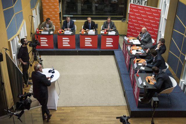 První debata Českého rozhlasu s kandidáty na primátora Prahy