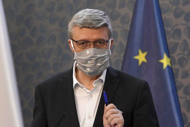 Ministr průmyslu a dopravy Karel Havlíček