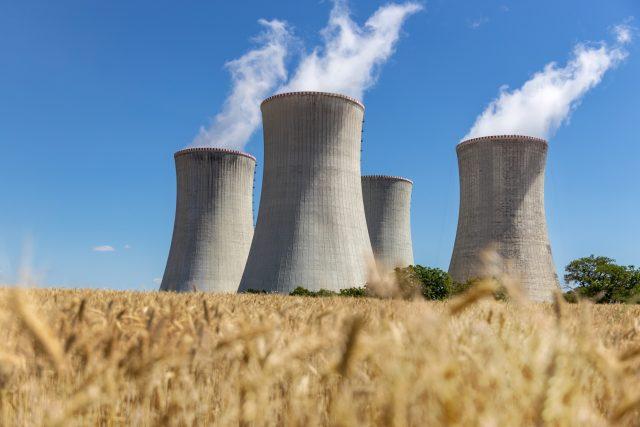 Jaderná elektrárna Dukovany   foto: Profimedia