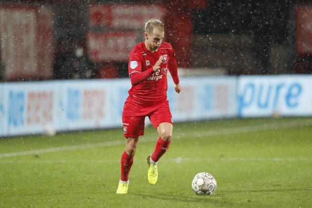 Český fotbalista Václav Černý v dresu Twente v utkání nizozemské ligy proti Zwolle   foto: Profimedia