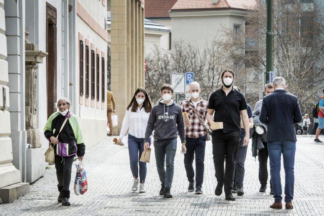 Přijde další vlna pandemie?  | foto: Michaela Danelová,  iROZHLAS.cz