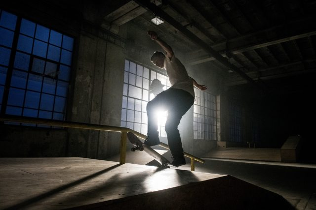 Všechny závody budou vyhrávat Asiati. Mají k tomu skvělé předpoklady a asi i mentalitu,  myslí si skateboardista Maxim Habanec | foto: Michaela Danelová,  iROZHLAS.cz
