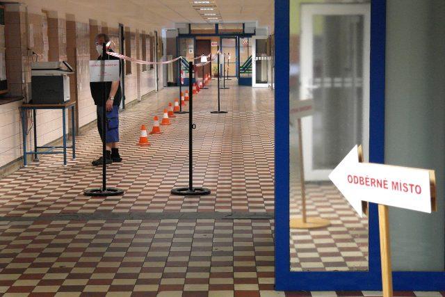 Testování kvůli koronaviru v OKD