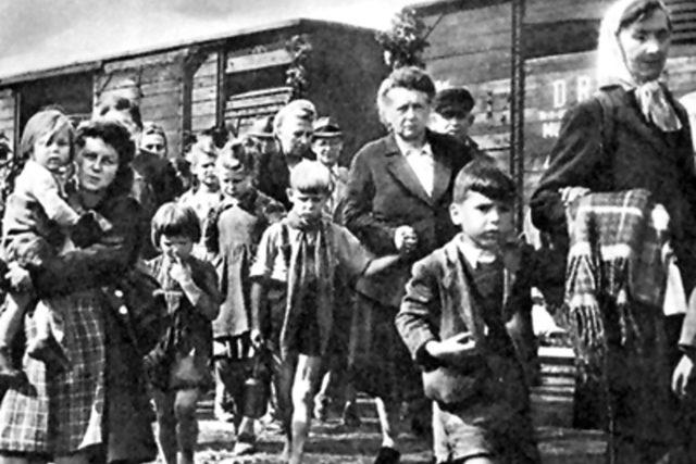 Odsunovaní Němci po druhé světové válce | foto: Wikimedia Commons